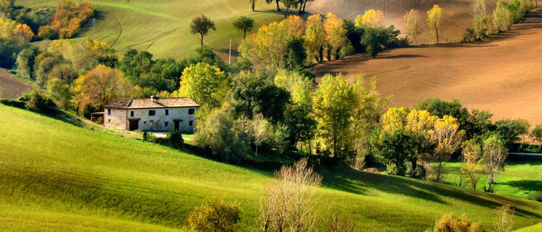 Real estate marche for Piccola casa colonica