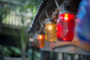 Lanterne Da Giardino Fai Da Te : Come arredare il giardino: 5 idee fai da te originali e a costo zero