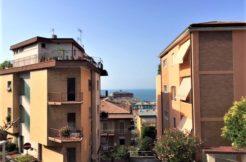 Appartamento per studenti, 3 camere e terrazzo vista mare, zona Passetto