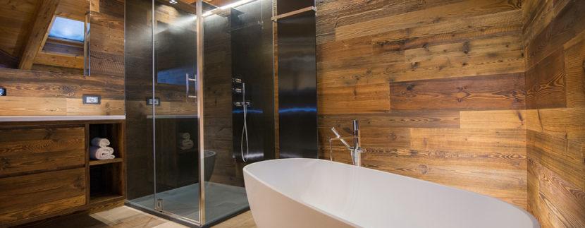 Meglio la vasca da bagno o il box doccia