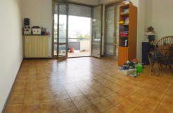 Appartamento con giardino e garage