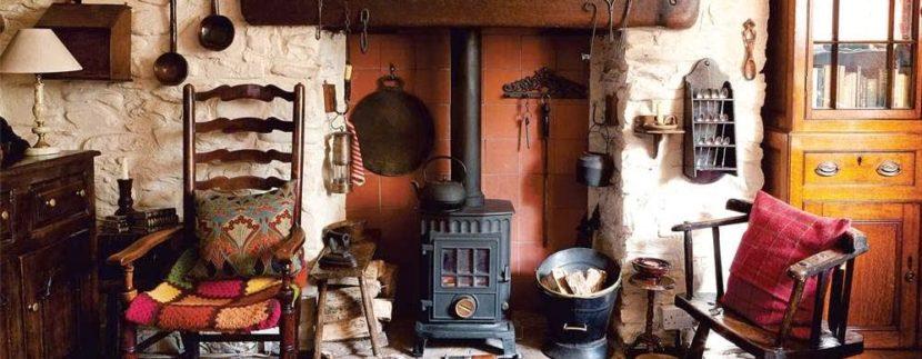 come arredare taverna rustica