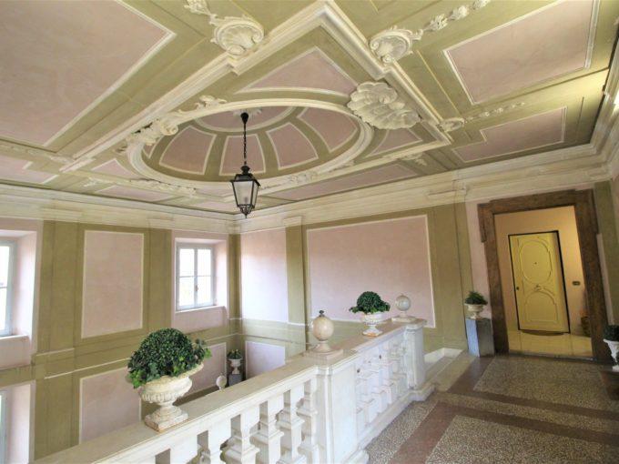 Ampio e prestigioso ultimo piano con ascensore nel Palazzo Jona, Ancona centro