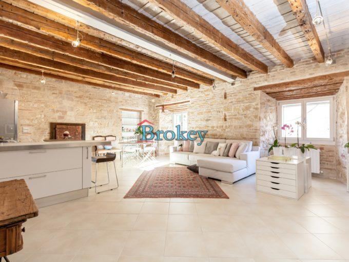 Prestigioso appartamento stile loft in contesto storico nel centro di Ancona