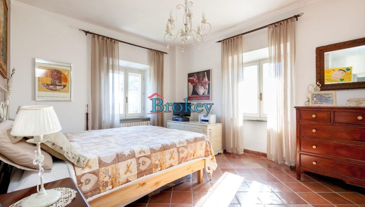 Caratteristico appartamento con ampio giardino, piccolo contesto d'epoca tra Conero, Camerano e Ancona (16)
