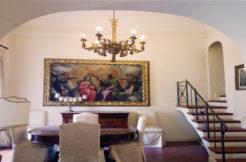 Appartamento in palazzo storico di Piazza del Papa &8211; Storia, classe ed eleganza senza tempo