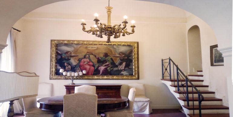 appartamento palazzo storico piazza del papa sala