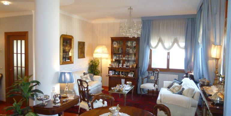 Villetta ristrutturata con vista aperta sul mare e spazi esterni da vivere, Borgo Rodi sala