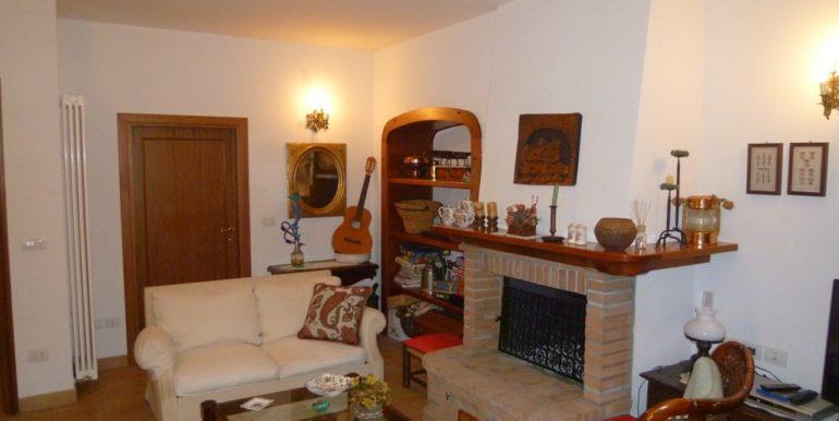 Villetta ristrutturata con vista aperta sul mare e spazi esterni da vivere, Borgo Rodi taverna