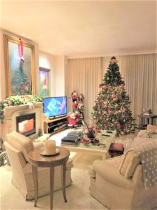 come addobbare la casa a natale stile tradizionale