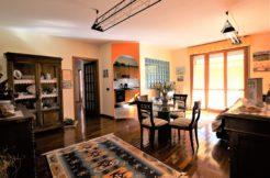 Ultimo piano con garage e terrazzo abitabile in zona tranquilla e ben servita