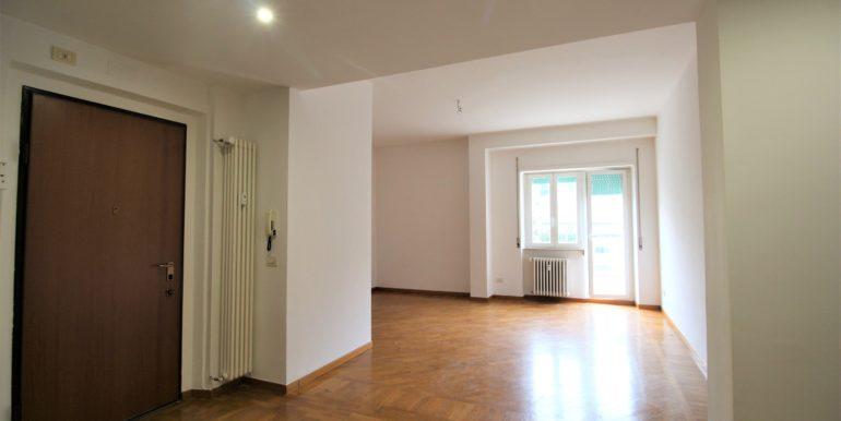 Appartamento con ampio terrazzo ad Ancona, Borgo Rodi, subito libero