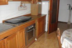 Appartamento in piccola palazzina con garage e soffitta