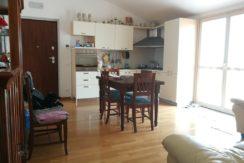 Appartamento del 2011 con riscaldamento a pavimento,terrazzo di 30 mq e garage di 20 mq