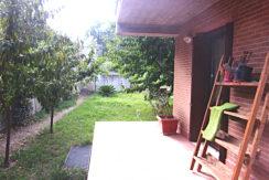 Recente costruzione con ampio giardino