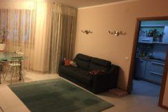 Castelferretti appartamento completo con tre camere e due bagni e terrazzo