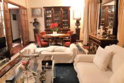 Villa con giardino, taverna e garage nel centro di Agugliano, possibilità di 2 unità indipendenti