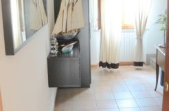 Appartamento alle Cozze con due bagni e garage