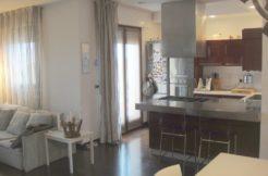Appartamento su due piani del 2006 con garage doppio.