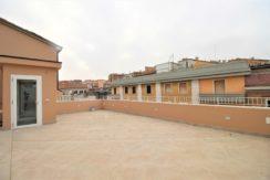 Attico appena ristrutturato in piccola palazzina ad Ancona centro, no barriere architettoniche