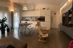 Appartamento ristrutturato con gusto e con rifiniture di qualità