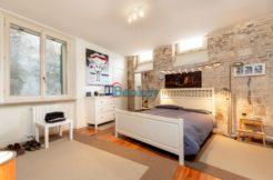 Prestigioso appartamento con ascensore in piccolo contesto ad Ancona centro, Piazza Santa Maria