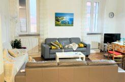 Ampio appartamento vista mare con ascensore nel centro storico di Ancona, investimento sicuro e subito redditizio