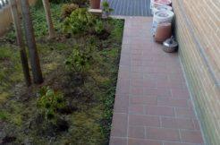 Borgo Bicchia : piano terra con giardinetto e garage doppio