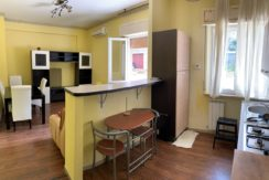 Appartamento di piccola metratura con terrazzo esclusivo