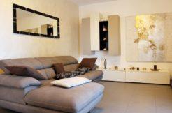 Appartamento di recente costruzione con corte privata e garage a Falconara, zona Mezzacosta