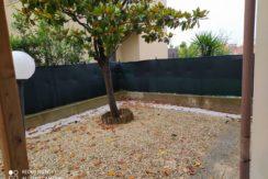 Ingresso indipendente con giardino